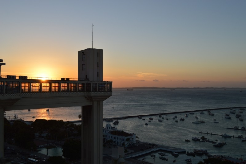 sunset-lift-lacerda-salvador-bahia-brazil-holidays